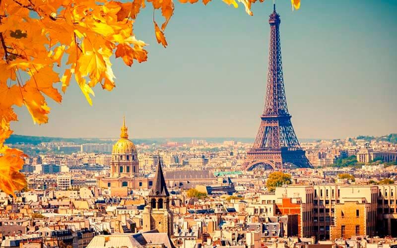 Отдых осенью в Париже