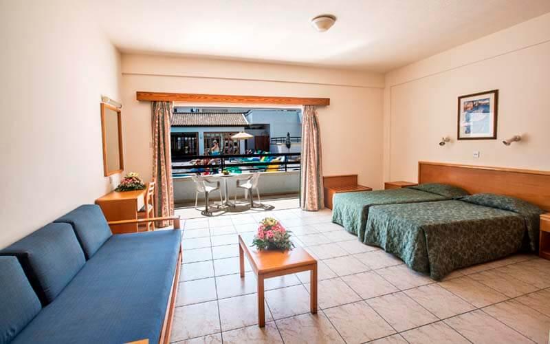 Номер в Anthea Hotel Apartments 3*, Айя Напа, Кипр