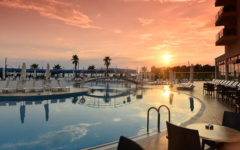 Бассейн в Cenger Hotel Beach Resort & Spa 5*, Сиде, Турция