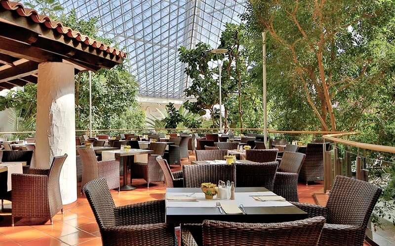 Ресторан в EventHotel Pyramide 5*, Відень, Австрія