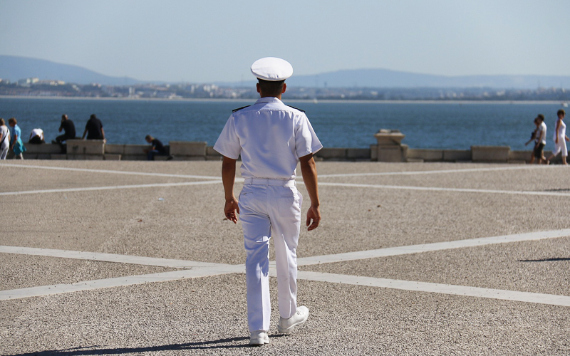 Як оформити паспорт моряка
