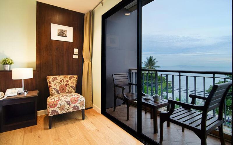 Вигляд з балкона