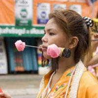 Вегетарианский фестиваль — шокирующий праздник Таиланда