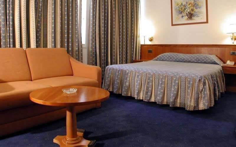 Номер в Margoa Hotel 3*, Нетанія, Ізраїль