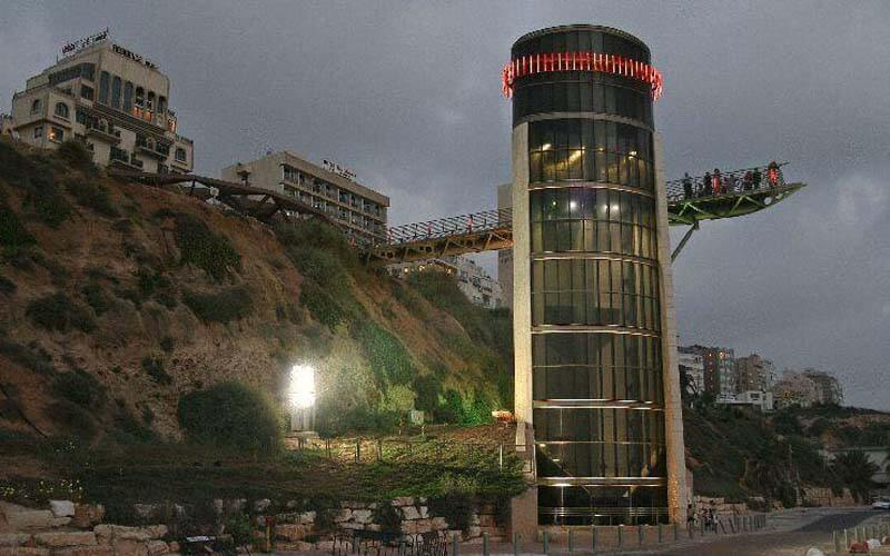 Ліфт на пляж в Margoa Hotel 3*, Нетанія, Ізраїль