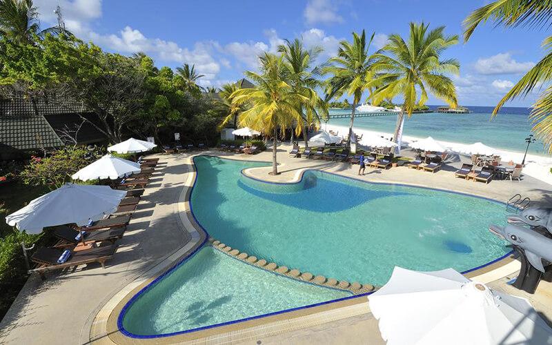 Бассейн в Paradise Island Resort & Spa 5*, Северный Мале Атолл, Мальдивы
