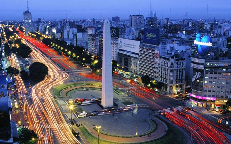 Обелиск в Аргентине