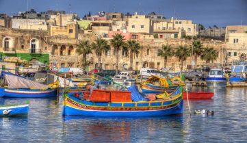 Українцям пообіцяли чартери на Мальту
