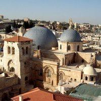 Иерусалим не пускает туристов в Храм Гроба Господня