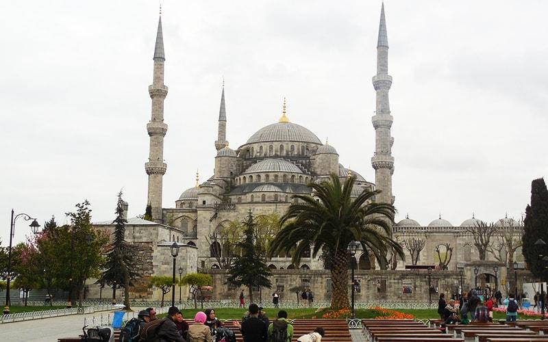 8 марта в Стамбуле