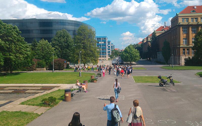 Літній табір у Чехії з вивченням мови