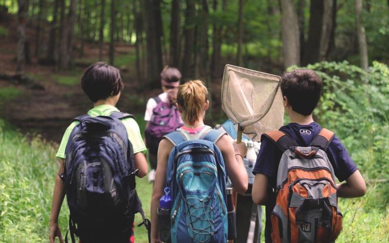 Табори за кордоном для підлітків