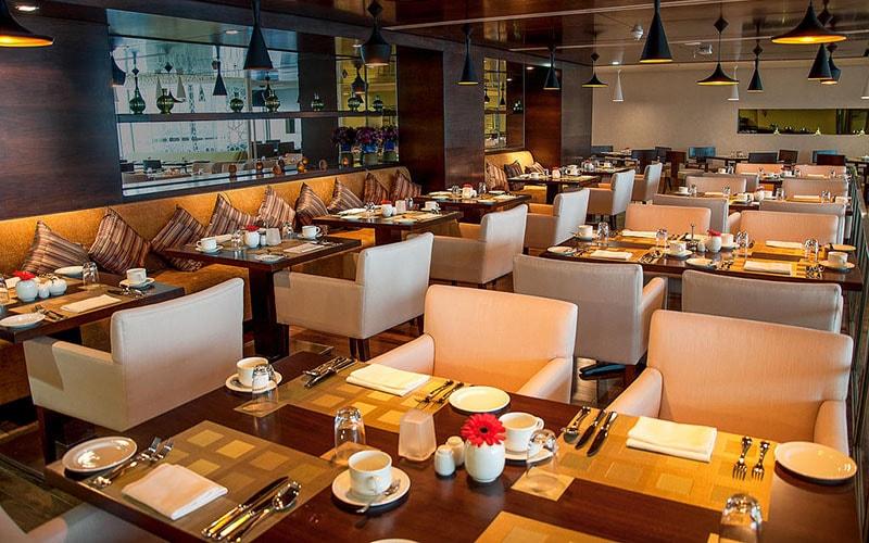 Кафе в Copthorne Hotel Sharjah 4*, Шарджа, ОАЭ
