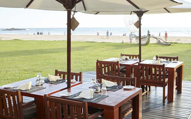 Ресторан в The Surf Hotel 4*, Бентота, Шри-Ланка