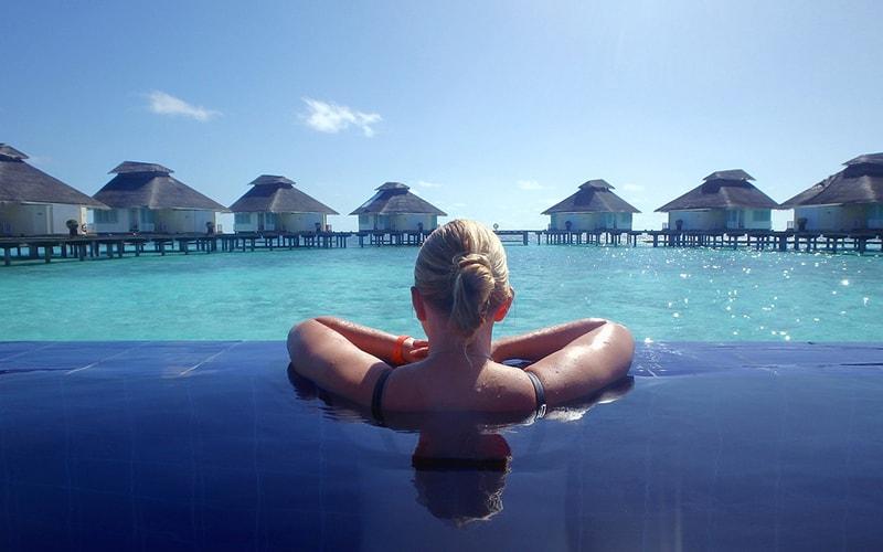 в одиночку на Мальдивы