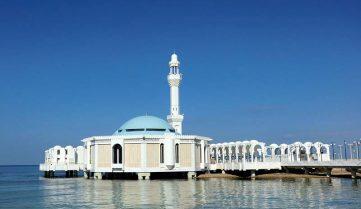 Власти Саудовской Аравии пообещали пускать туристов на месяц