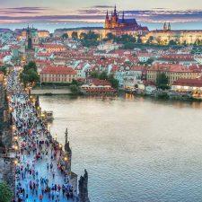 Заработал новый комплексный маршрут Мукачево - Прага