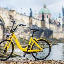 В дневное время в Праге нельзя кататься на велосипеде
