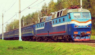 На Троицу запустят дополнительные поезда
