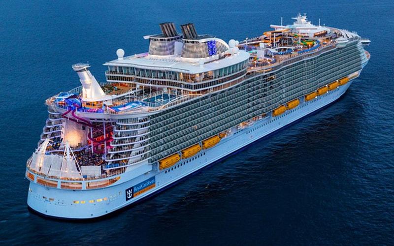 Royal Caribbean International корабли