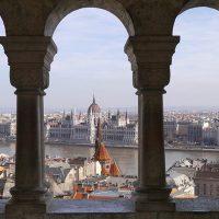 В Будапеште запретили малый колёсный транспорт в пешеходных зонах