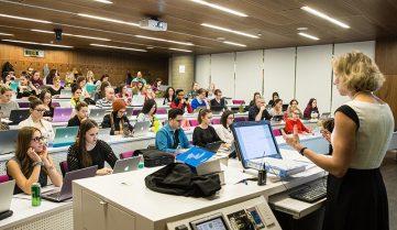 Лекция в латвийском университете