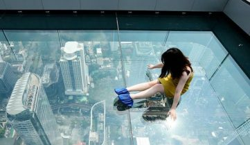 В Бангкоке теперь можно прогуляться по небу