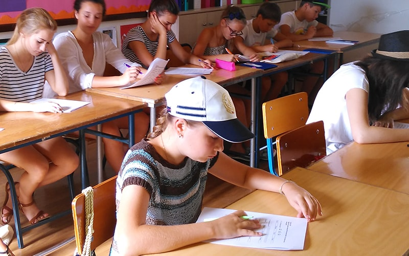 Изучение языка в English Quest Camp