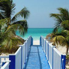 Поездки на Кубу стали дороже