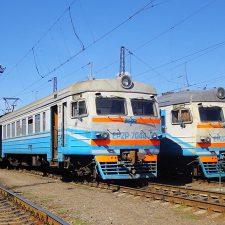 Дополнительные поезда на весенние праздники 2019