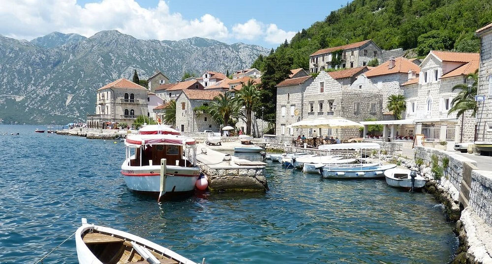 Гарячі тури в Чорногорію