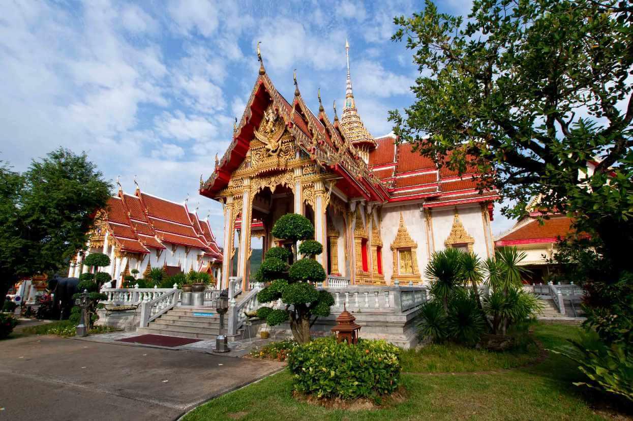 hram-vat-chalong