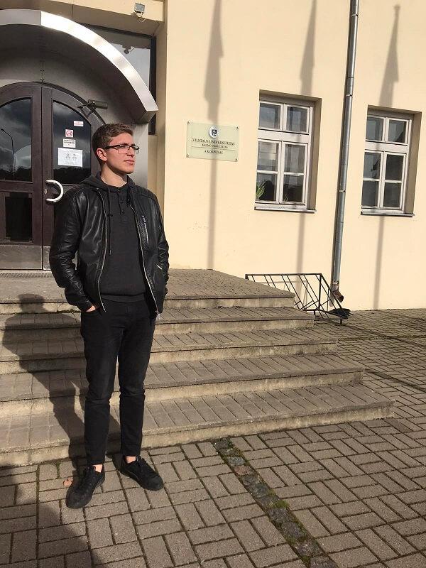Микаэль Никольников